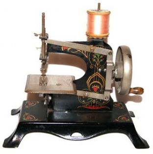 #14B Casige Toy Sewing Machine